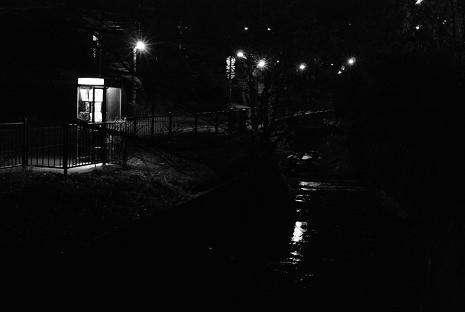 暗闇は想像力をかきたてる、気がする